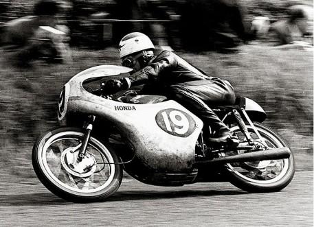 1961-Tom-Phillis-RC143