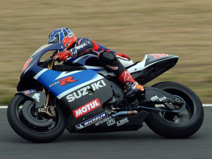 800px-Kenny_Roberts_Jr_2003_Japanese_GP