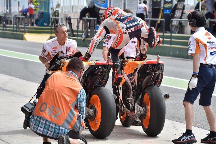 marc-marquez-salto-rana-motogp-argentina-2016